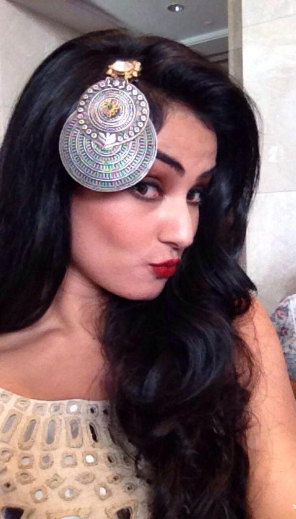 A Cute picture of SONAL CHAUHAN