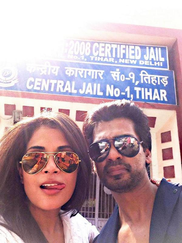 A Picture of NIKHIL DWIVEDI and Richa Chadda when they perform for the jail inmates