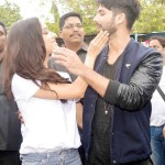 A cute picture of Shraddha Kapoor and Shahid Kapoor