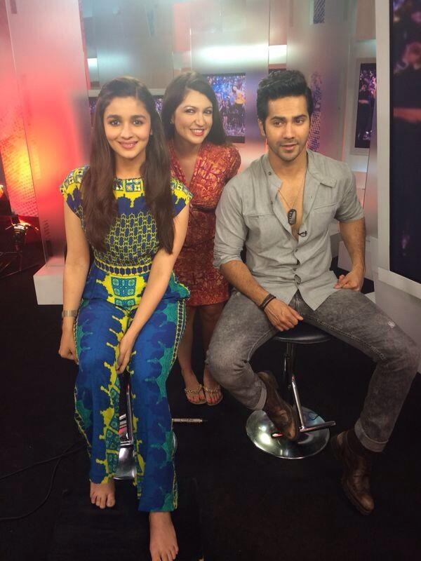 A cute picture of Varun Dhawan and Alia Bhatt