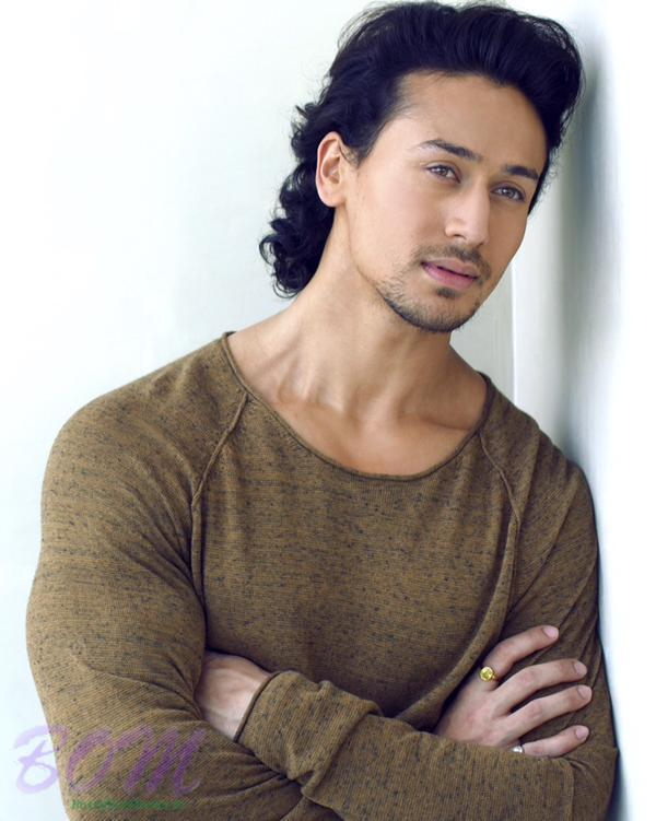 A Dashing Picture Of Smart Tiger Shroff Pics Bollywood