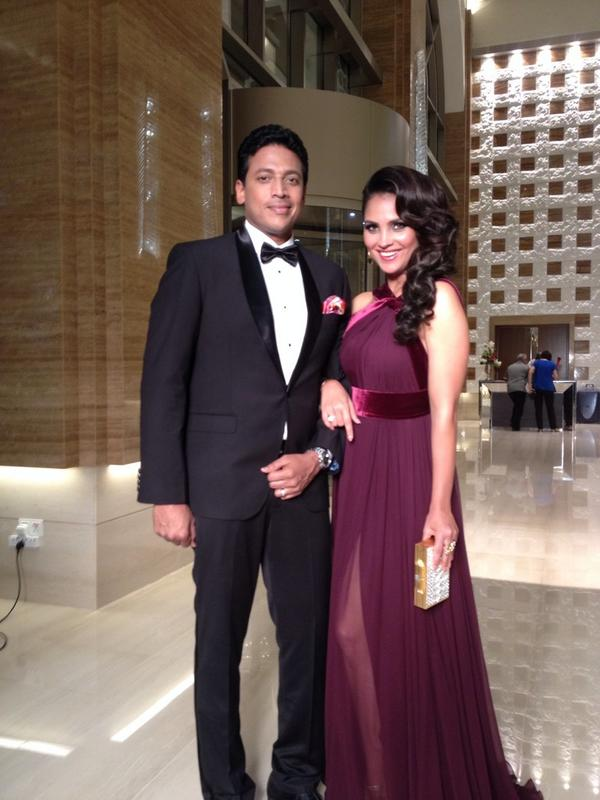 A perfect picture of Lara Dutta Bhupathi and hubby Mahesh Bhupathi