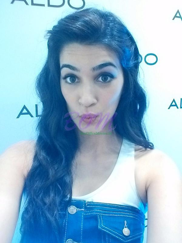 A quirky selfie of Kriti Sanon