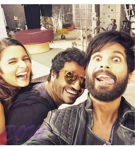 A quirky tongue selfie of Shahid Kapoor with laughing Alia Bhatt