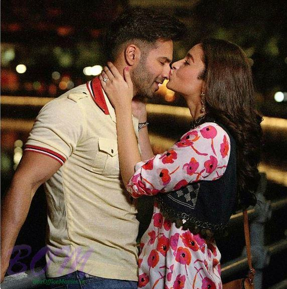 Scene of Alia Bhatt kissing Varun Dhawan in Badrinath Ki Dulhania movie