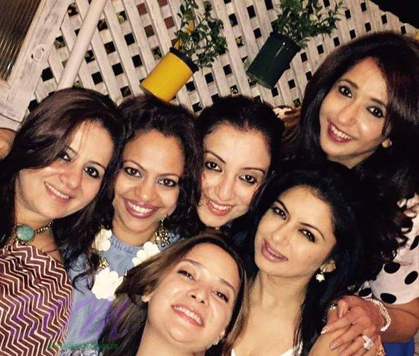Bhagyashree with friends