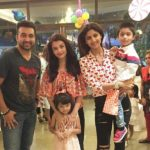 Aishwarya Rai Bachcha with Shilpa Shetty Kundra and family