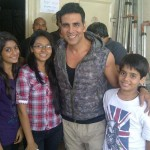 Akshay Kumar Spotted With Fans In a beautiful morning