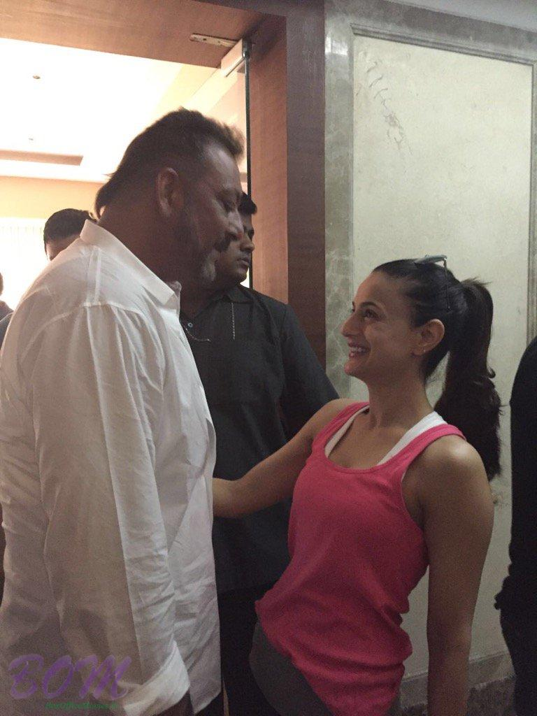 Ameesha Patel with Sanjay Dutt on day he is released from Jail