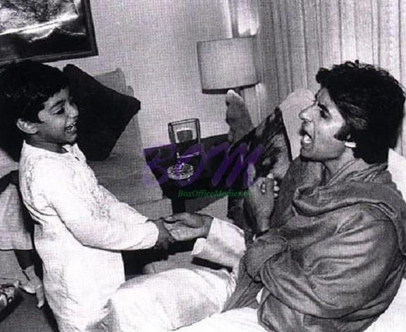 Amitabh Bachchan and child Abhishek Bachchan - a moment of pride - Family Pic