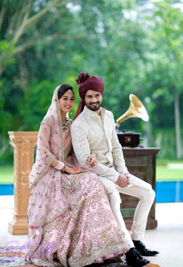 Another beautiful picture of Mira and Shahid together