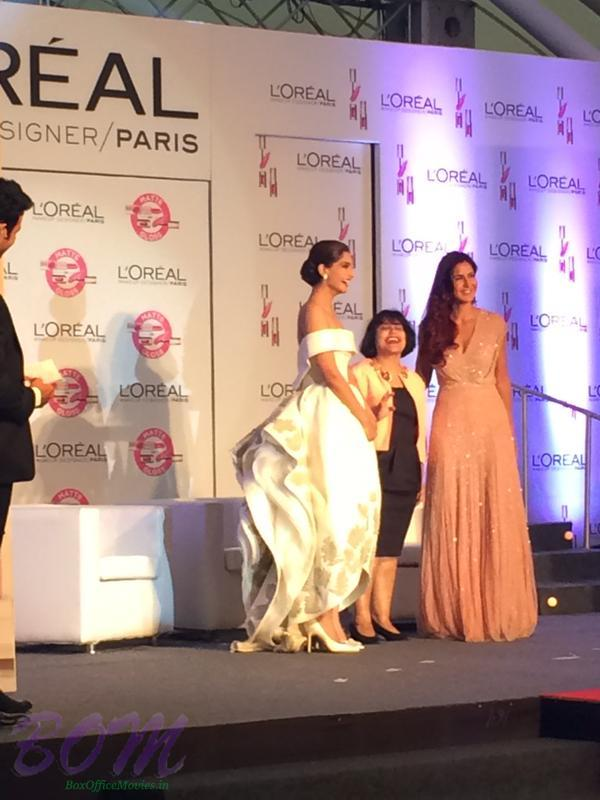 Another picture of Sonam Kapoor and Katrina kaif at Loreal Paris India Event