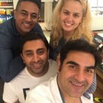 Arbaaz Khan selfie with his friends while doing lunch in Dubai Mall
