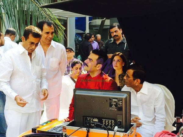 Arbaaz Khan with Abbas Mustan while discussing a scene of the movie