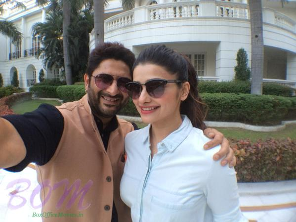 Arshad Warsi selfie with the really sweet Prachi Desai