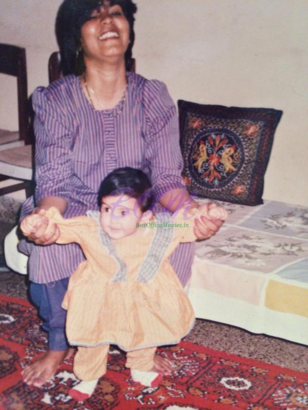 Baby Rhea Chakraborty with Mother