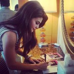 Beautiful Jacqueline Fernandez thanking for the new velvet smooth express pedicure