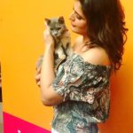 Beautiful Zareen Khan with Beautiful Kitten