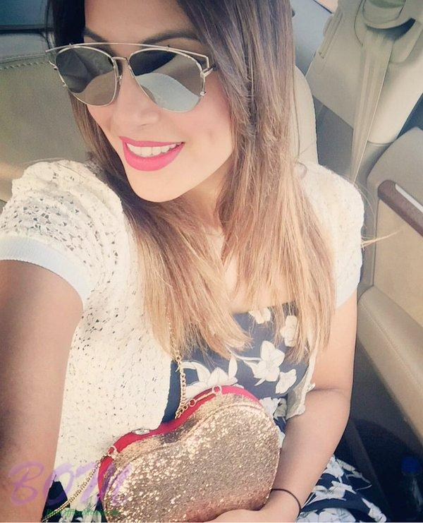 Bipasha Basu Valentine Day selfie with cool glasses gifted by Karan Singh Grover