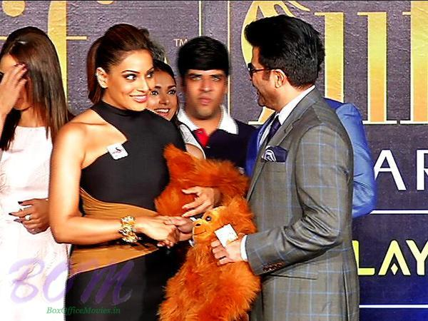 Bipasha Basu and Anil Kapoor for IIFA 2015