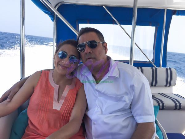 Boman Irani with his wife - Family Pic