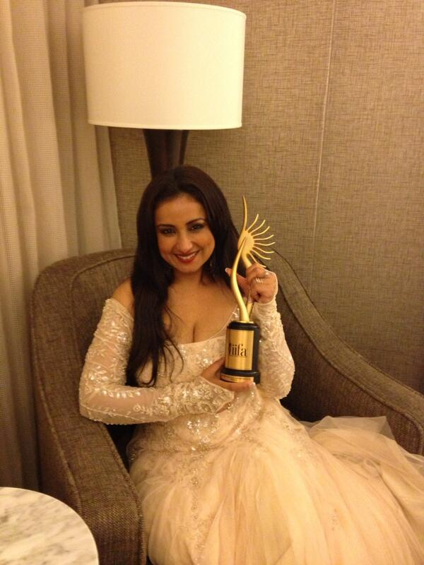 Divya Dutta with IIFA Award 2014