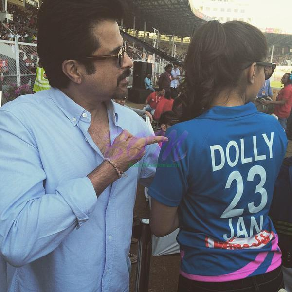Dolly Sonam Kapoor picture with Anil Kapoor