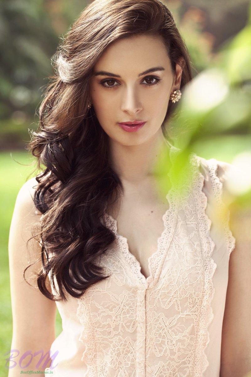 Evelyn Sharma most beautiful picture