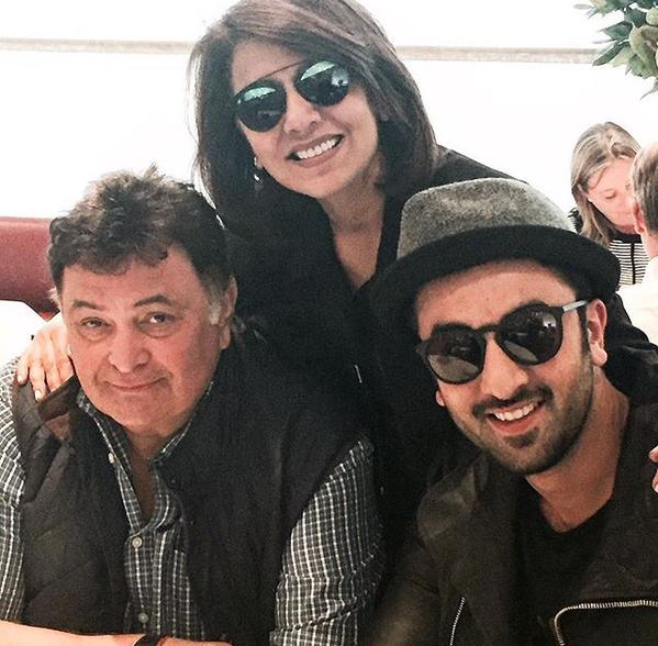 Family pic of Ranbir Kapoor with his parents in London