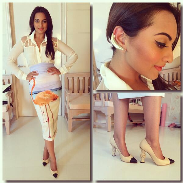 Fashionable Sonakshi Sinha