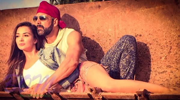 First romantic look Singh is Bling out from goa