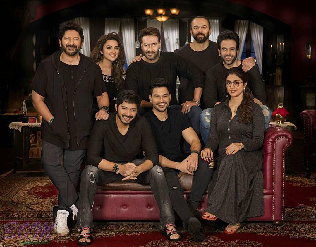 Golmaal Again leading starcasts first group photo
