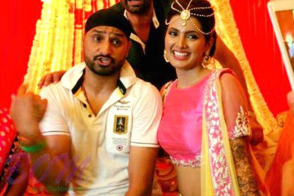 Harbhajan Singh to be wife Geeta Basra's Mehendi ceremony pic