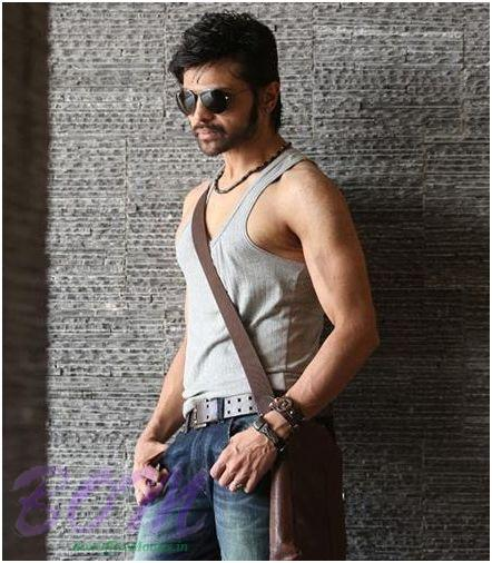 Himesh Reshammiya's new look in Heeriye movie - Updates ...