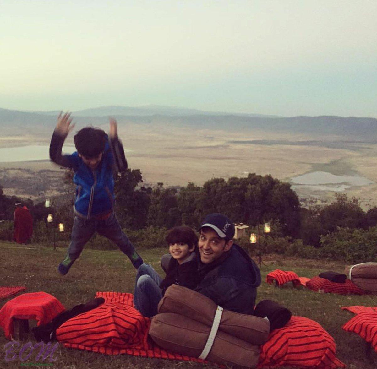 Hrithik Roshan adorable pic with his kids