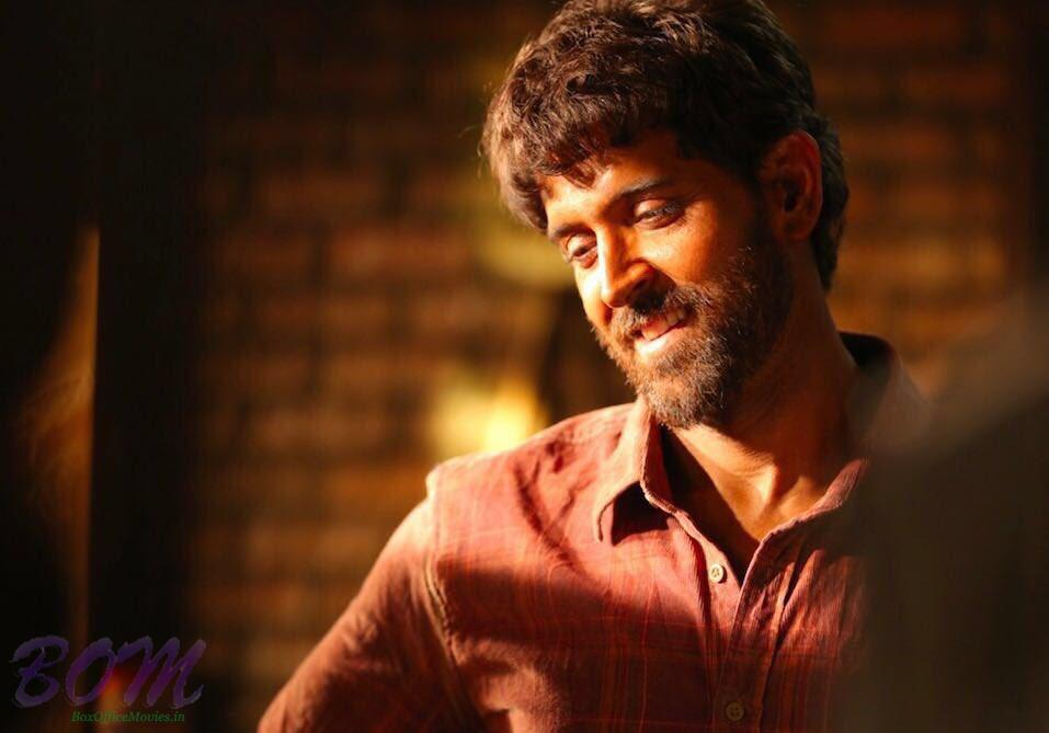 Hrithik Roshan look in Super 30, slated to release on 25 Jan 2019