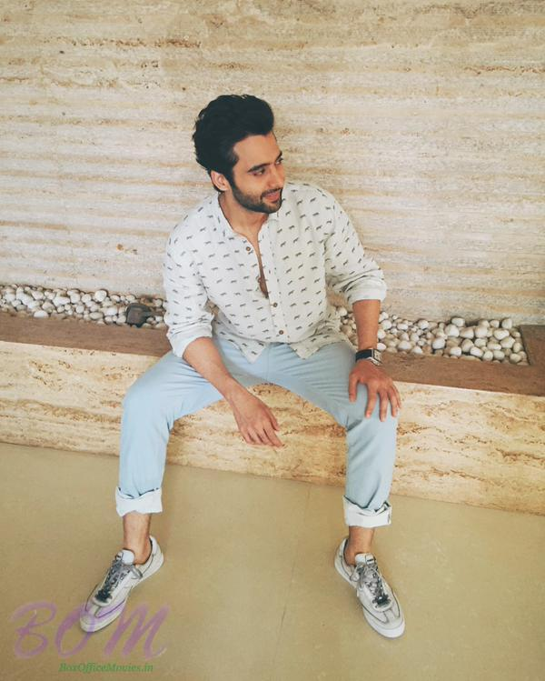 Jackky Bhagnani heading out to Essel World for the promotions of Welcome 2 Karachi