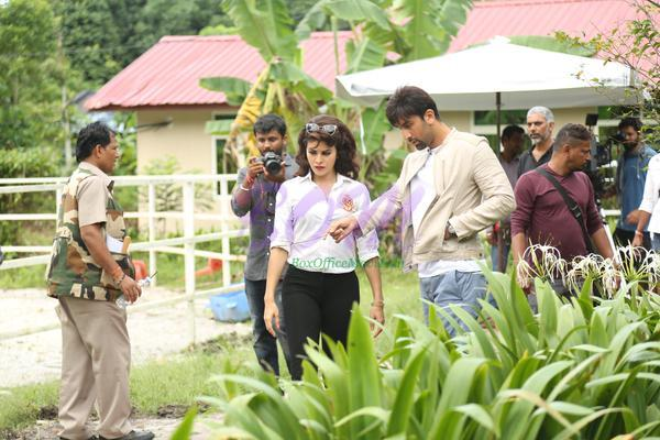Jacqueline and Ranbir Kapoor while shooting for Roy