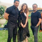 John Abraham and Urvashi Rautela on the sets of Pagalpanti with Anees Bazmee