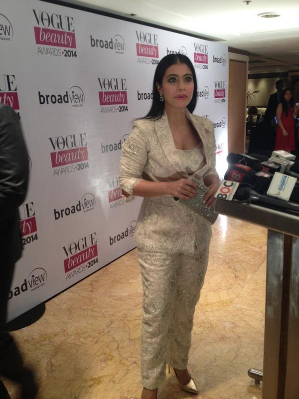 Kajol glammed up the pantsuit in Shehlaa by Shehla Khan at the Vogue Beauty Awards