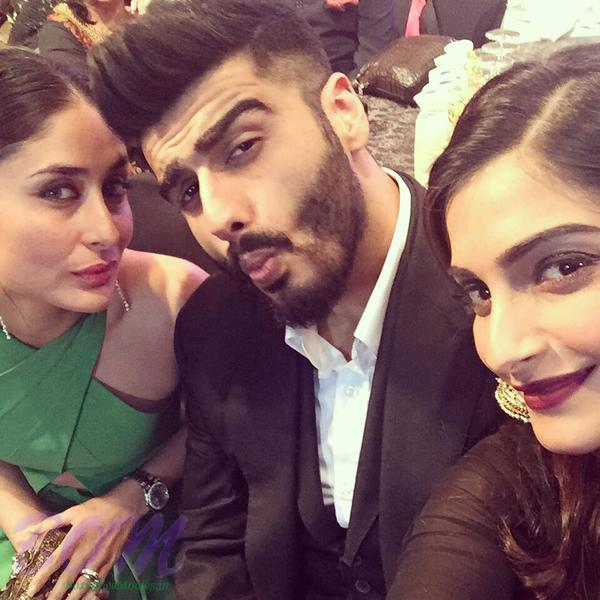Kareena Kapoor, Arjun Kapoor and Sonam Kapoor Sunday 18 Apr Selfie