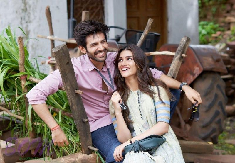 Kartik Aaryan and Kriti Sanon ready to rock in Lukka Chuppi