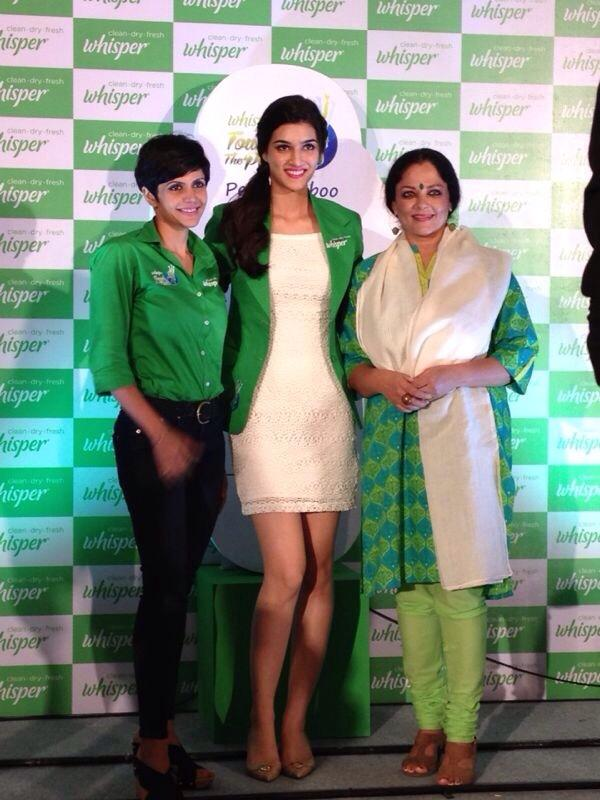 Kriti Sanon with Mandira Bedi in Wishper Event