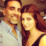Latest picture of Akshay Kumar without makeup with Twinkle Khanna