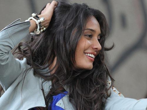Lisa Haydon Awesome Picture