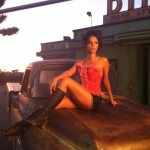 Mallika Sherawat Behind the scenes picture