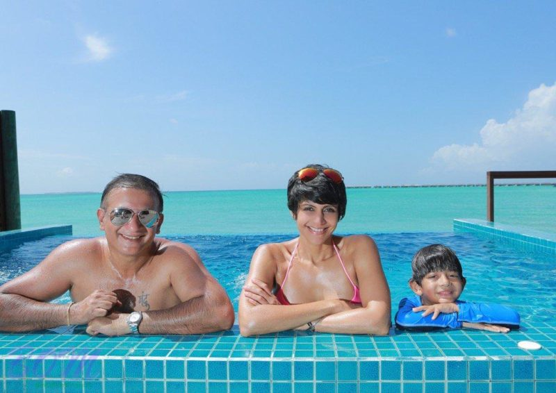 Mandira Bedi family photo in May 2016