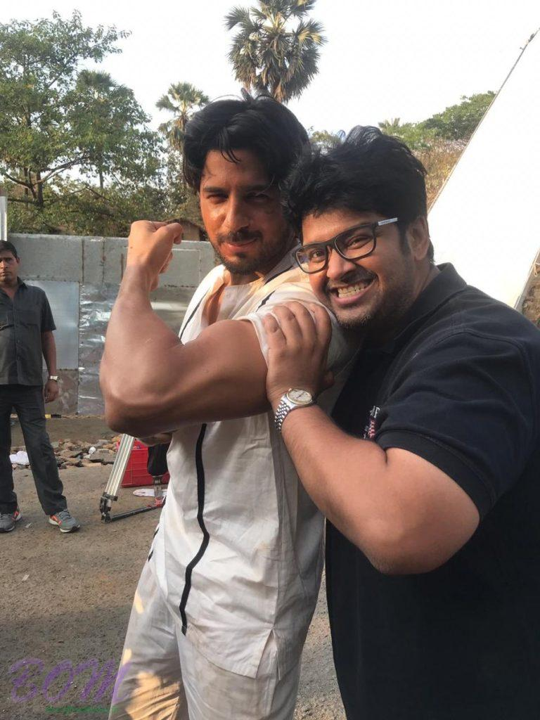 Milap Zaveri selfie with Sidharth Malhotra while shooting for Marzaavaan