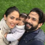 Mira Rajput and Shahid Kapoor with daughter Misha on her 1 birthday