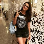 Parineeti Chopra latest picture while shopping